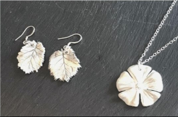 Lifestyle – Silver Clay Jewellery